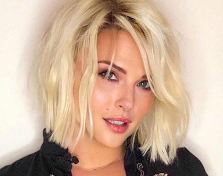 Kelly Vedovelli TPMP s'expose dans sa baignoire, elle fait bavez ses fans