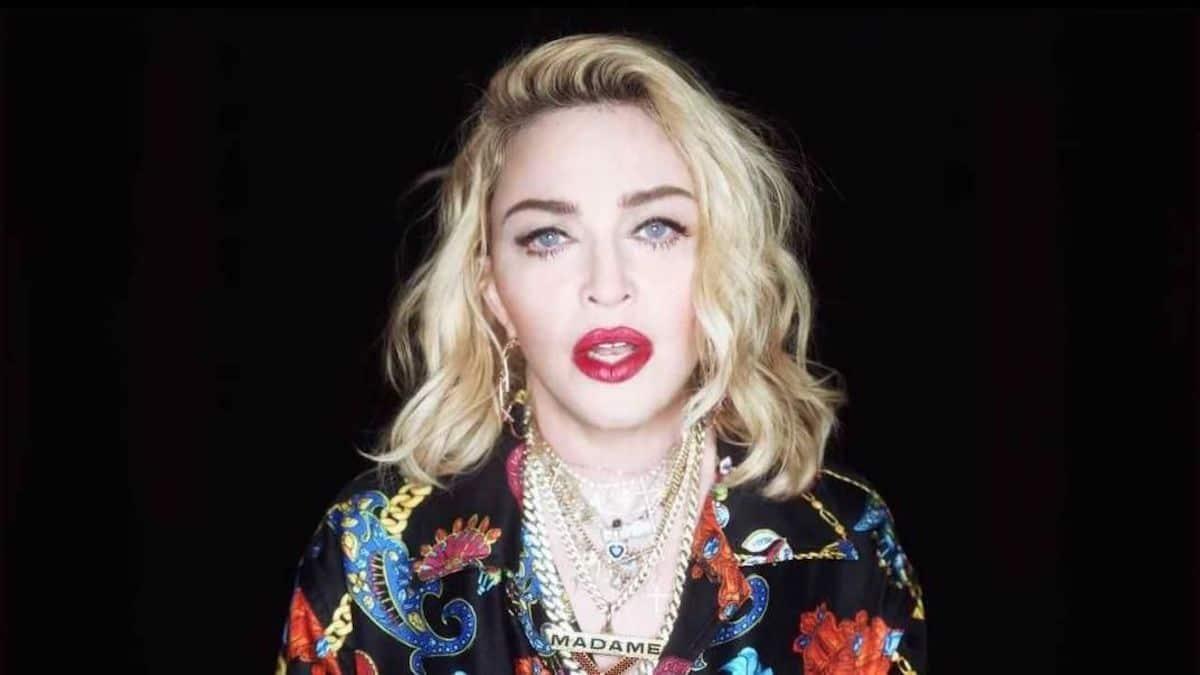 Madonna en montre de trop avec se décolleté, elle écoeure ses fans