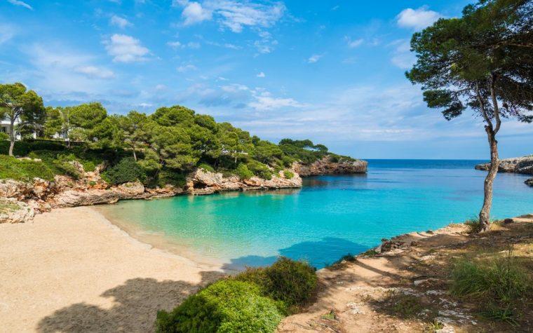 Vacances d'été: les français sur la sellette? Que nous propose Emmanuel Macron