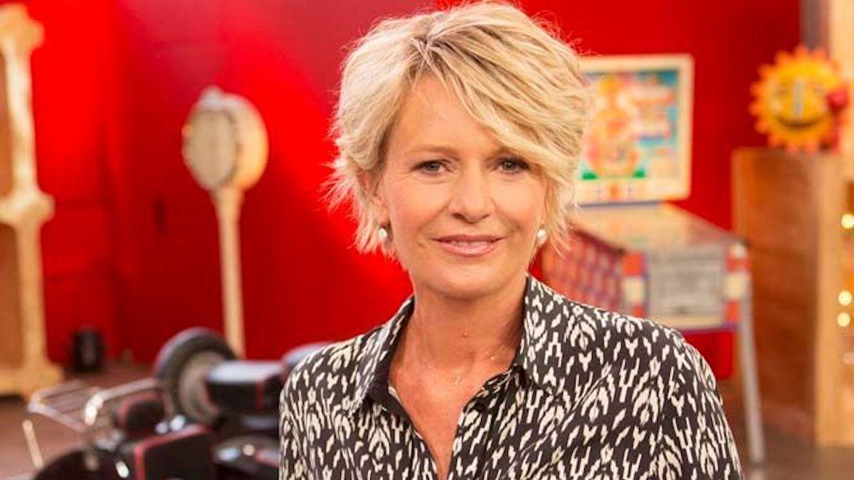 Affaire Conclue: Bouleversée, Sophie Davant a réagi au départ de Pierre-Jean Chalençon