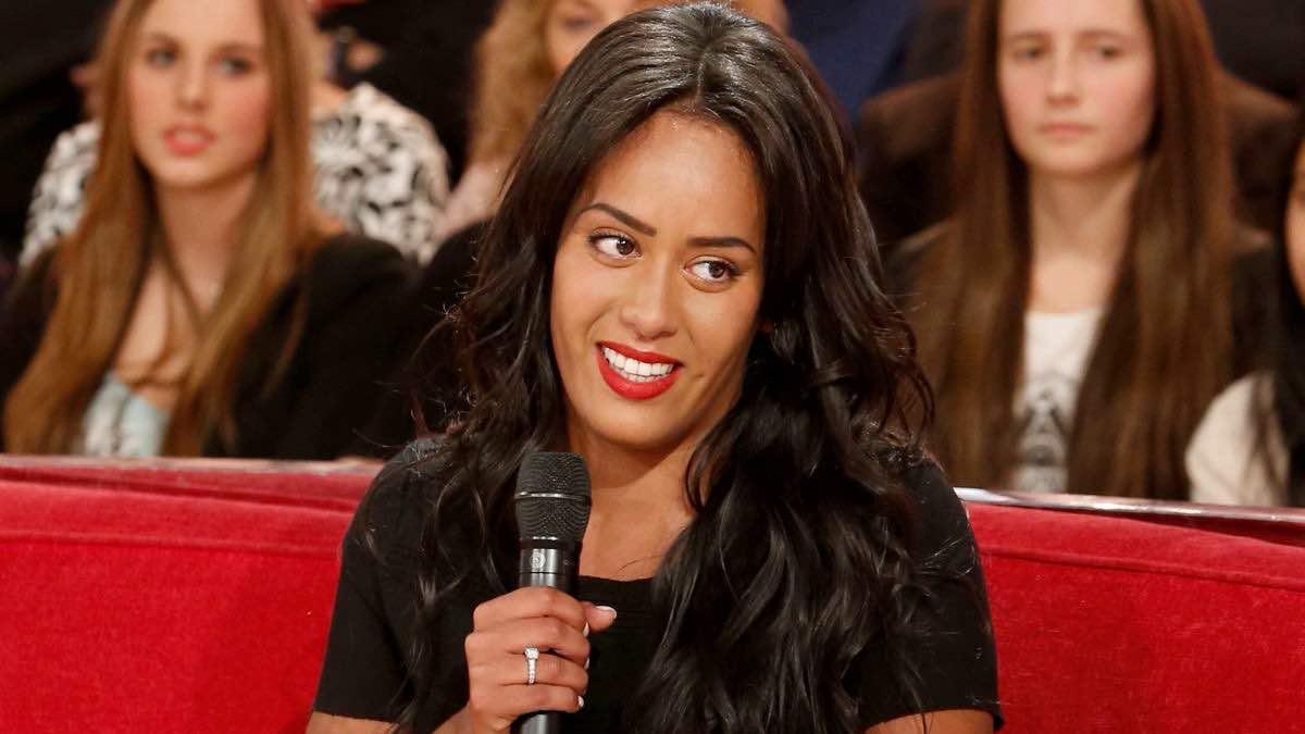Amel Bent The Voice dévoile des clichés inédits de son mariage, après 5 ans