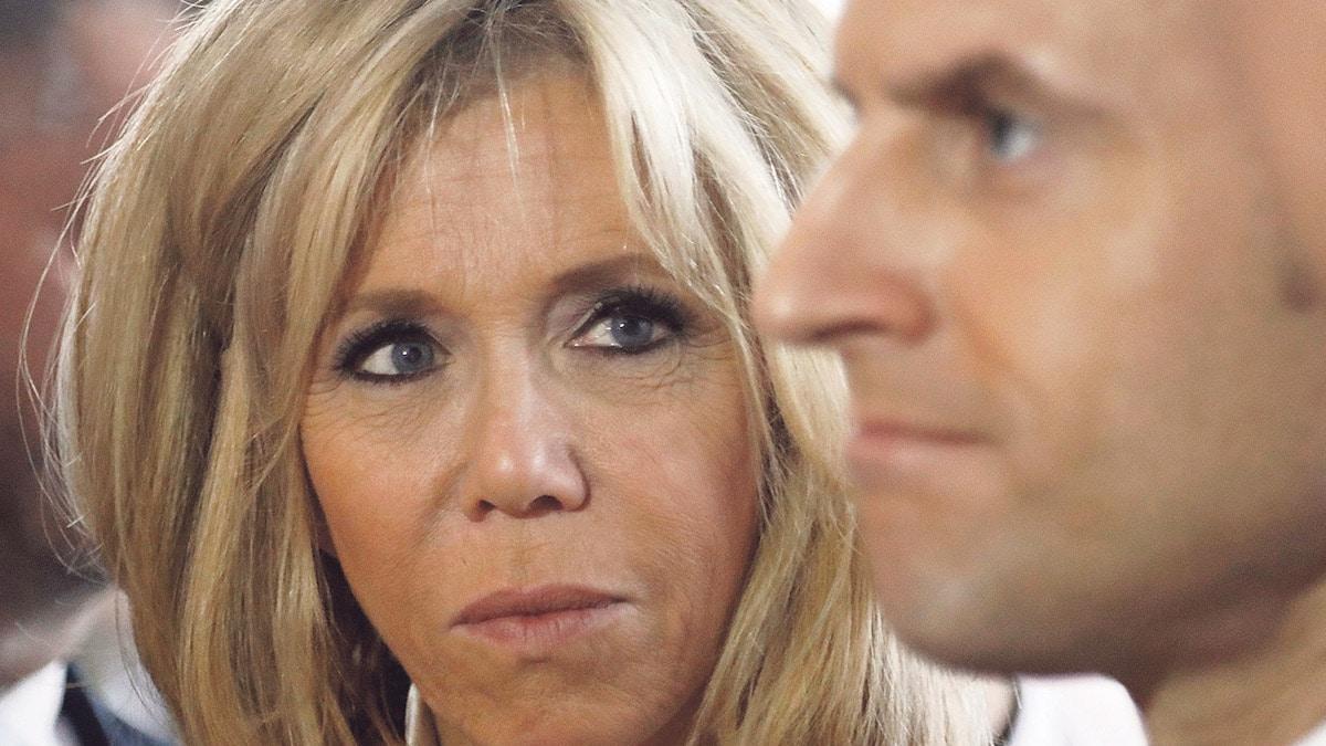 """Brigitte Macron """"détruite"""" par la jalousie, le surprenant TEXTO de Emmanuel Macron exhumé"""