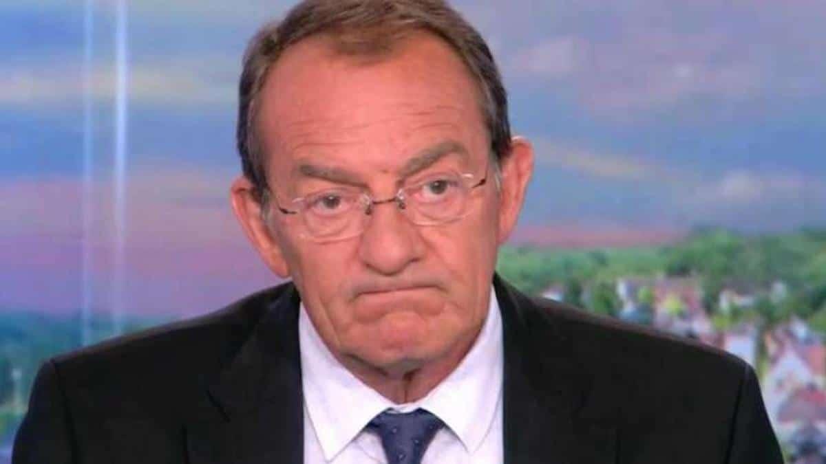 """Jean-Pierre Pernaut """"craque"""" et balance une nouvelle bombe en plein Live"""