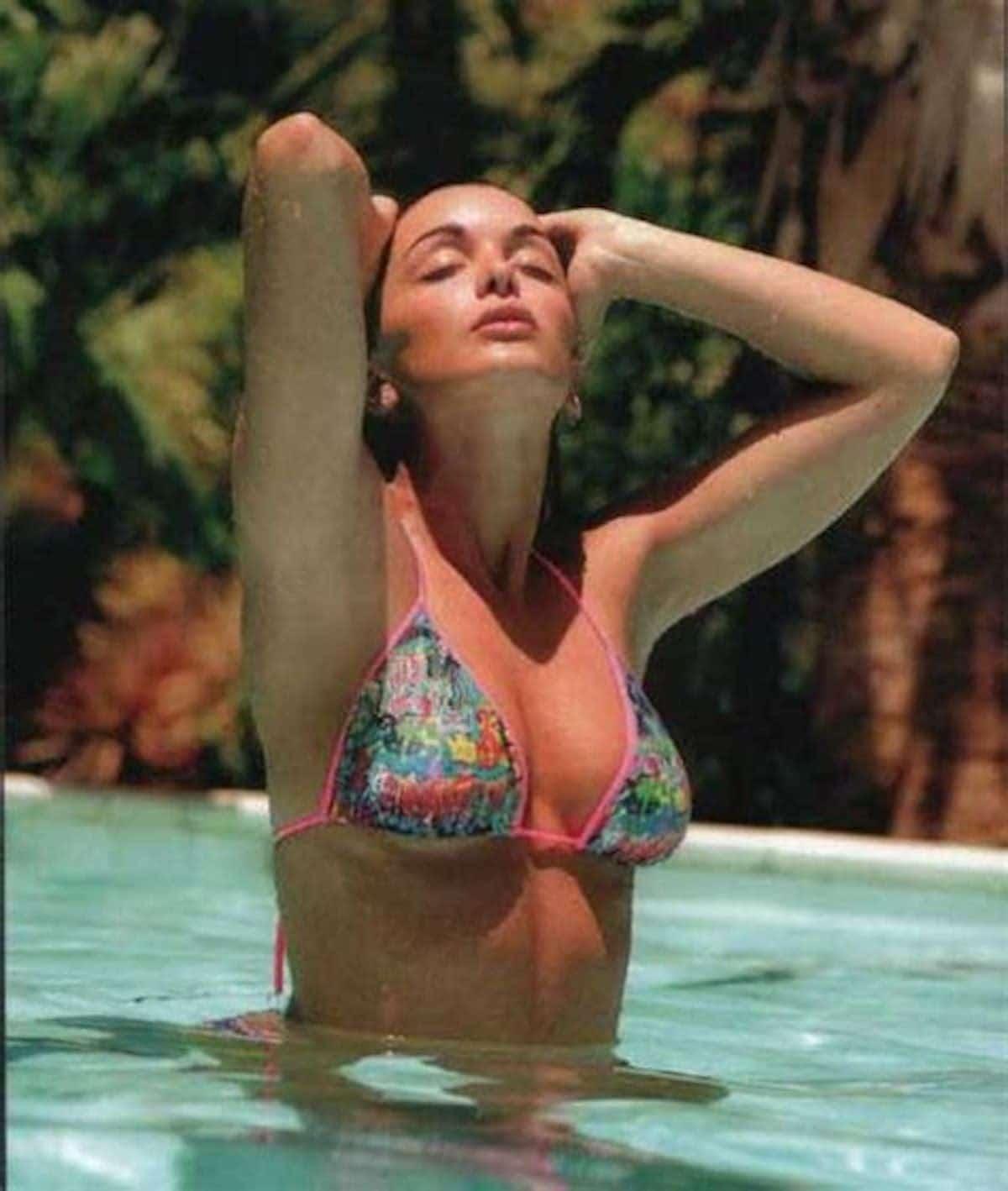 Jenifer : une photo sensation, un summer look parfait