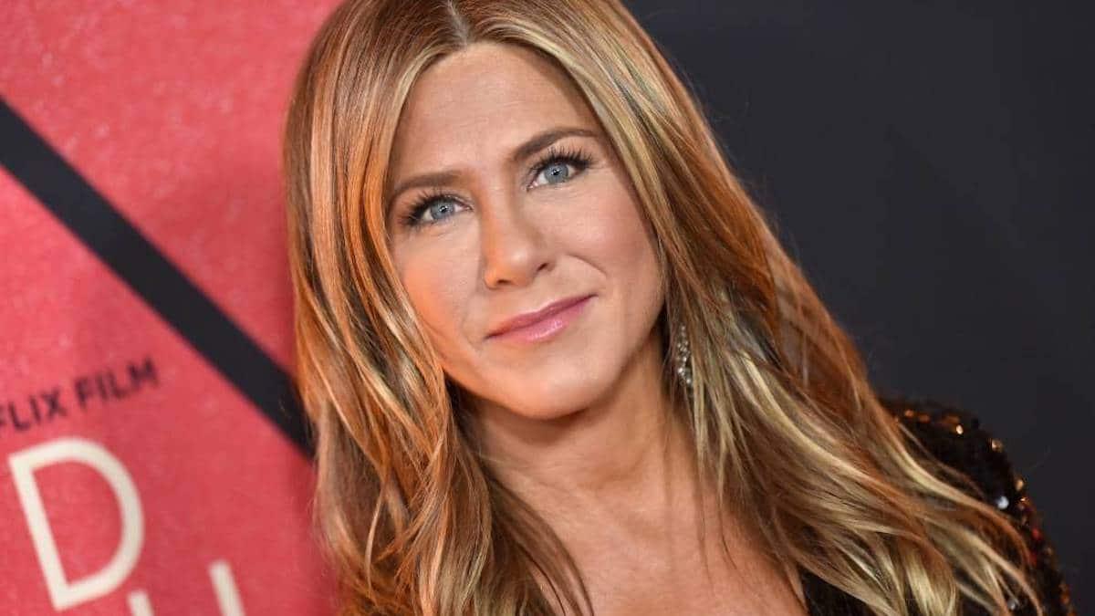 """Jennifer Aniston: """"Horrible"""", """"Effrayant"""". son cliché afin de convaincre la population de mettre un masque !"""