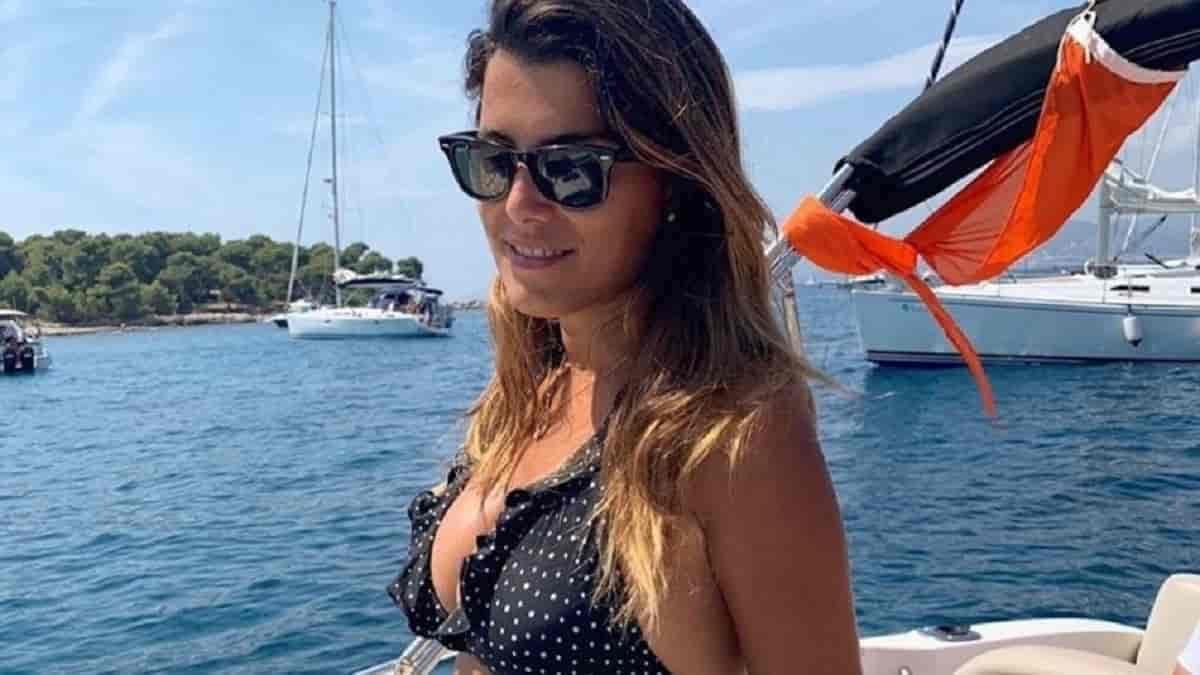 Karine Ferri sauve une vie d'une mort atroce pendant ses vacances, elle s'exprime et dévoile son geste magnifique