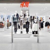 H&M: en avant 1ère voici la sublime robe pour l'automne, que toutes les femmes vont vouloir
