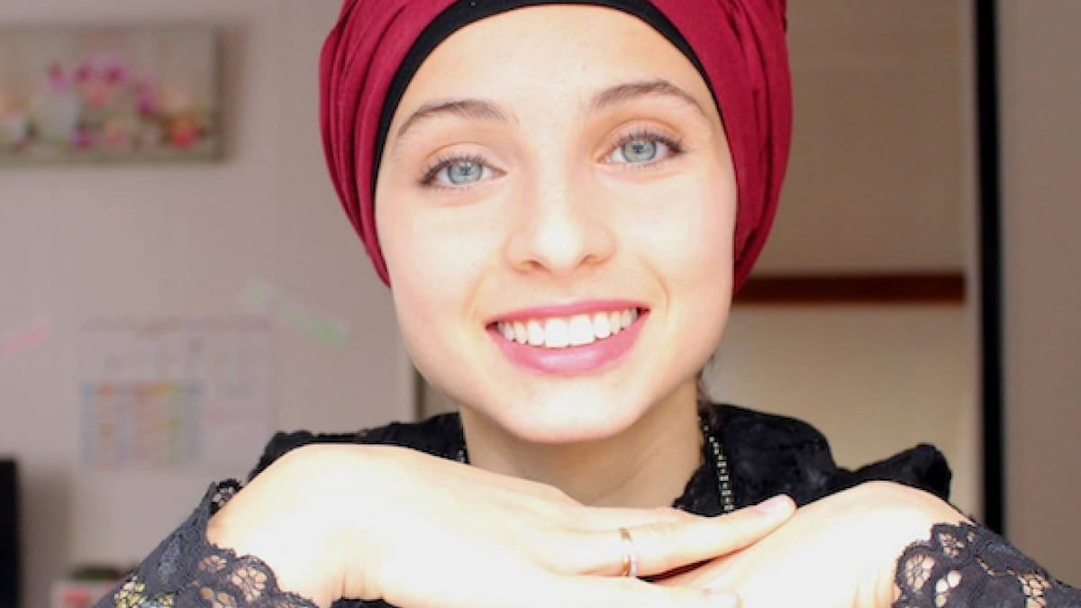 Mennel The Voice : totalement transformée, elle n'a plus de turban. On vous dit pourquoi !