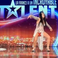 La France a un incroyable talent: elle présente son talent, sans culotte!