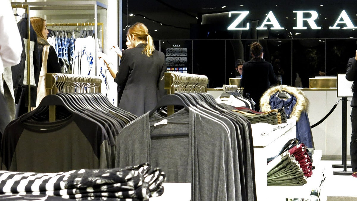 Zara: une paire de bottes à moins de 50 euros cartonne! On adore!