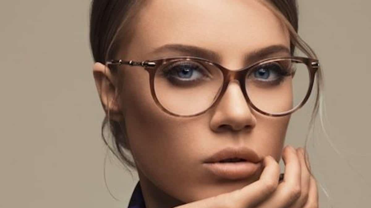 Lunettes: Trouvez la paire idéale qui s'accorde parfaitement avec la forme de votre visage!