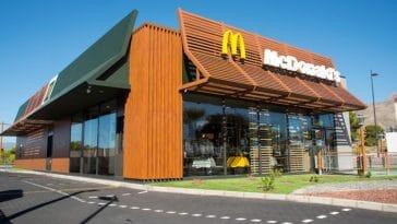 McDonald's: un salarier balance du lourd sur l'impressionnant système derrière les commandes du fast food !